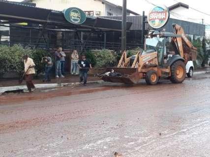 Após temporal, prefeitura mobiliza Solurb e coloca Agetran de plantão