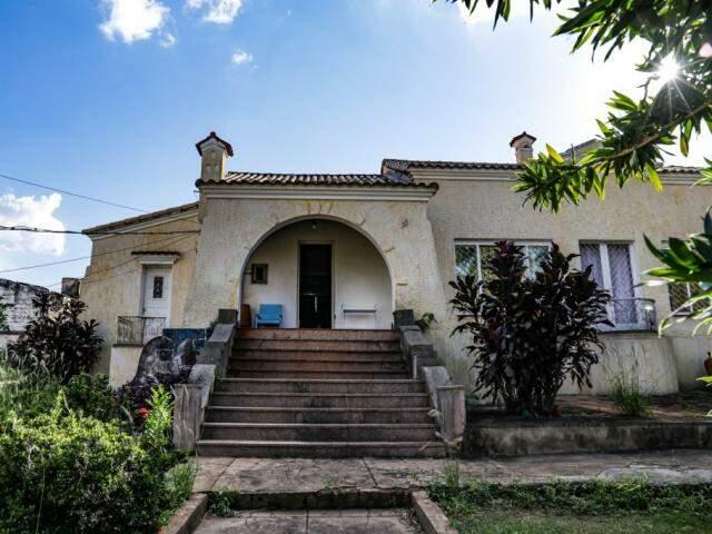 Casarão tem aproximadamente 80 anos e 1900 m². (Foto: Kísie Ainoã)