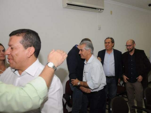 Reinaldo se reuniu com dirigentes de três partidos para avaliar possibilidade de ampliar arco de alianças. (Fotos: Paulo Francis)