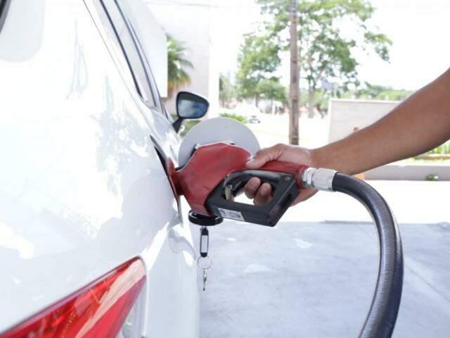 Litro da gasolina se manteve o mesmo para o consumidor de Campo Grande (Foto: Kísie Ainoã)