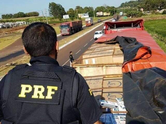 Nepsis apurou esquema de contrabando de cigarros com participação de policiais. (Foto: Arquivo)