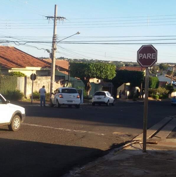 Acidente que aconteceu na manhã de hoje no bairro Cruzeiro. (Foto: Direto das ruas)