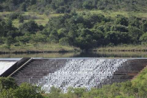 Novo areeiro põe em risco 54% do abastecimento de água da Capital