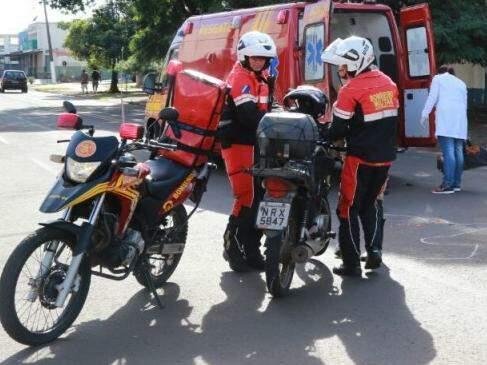 Motossocorristas na avenida Bandeirantes neste domingo (Foto: Marcos Ermínio)