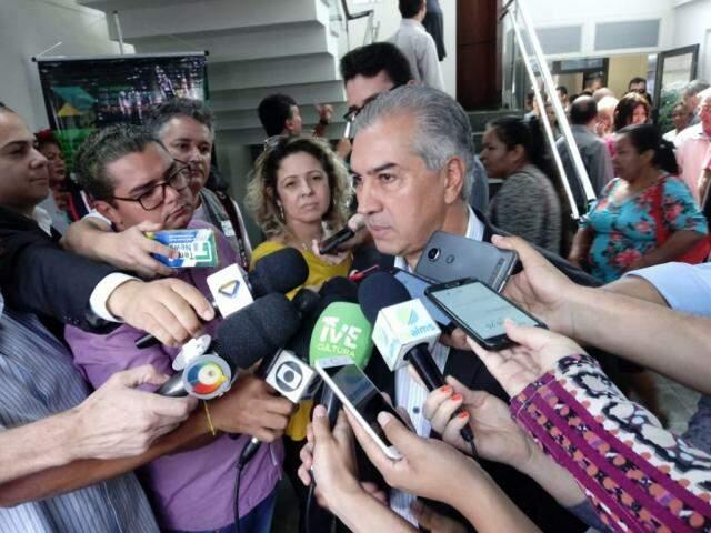 Governador Reinaldo Azambuja (PSDB) vai viajar para Bolívia no dia 4 de junho (Foto: Leonardo Rocha)