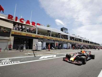 Na última volta, Hamilton supera Bottas e vai largar na pole no GP da França