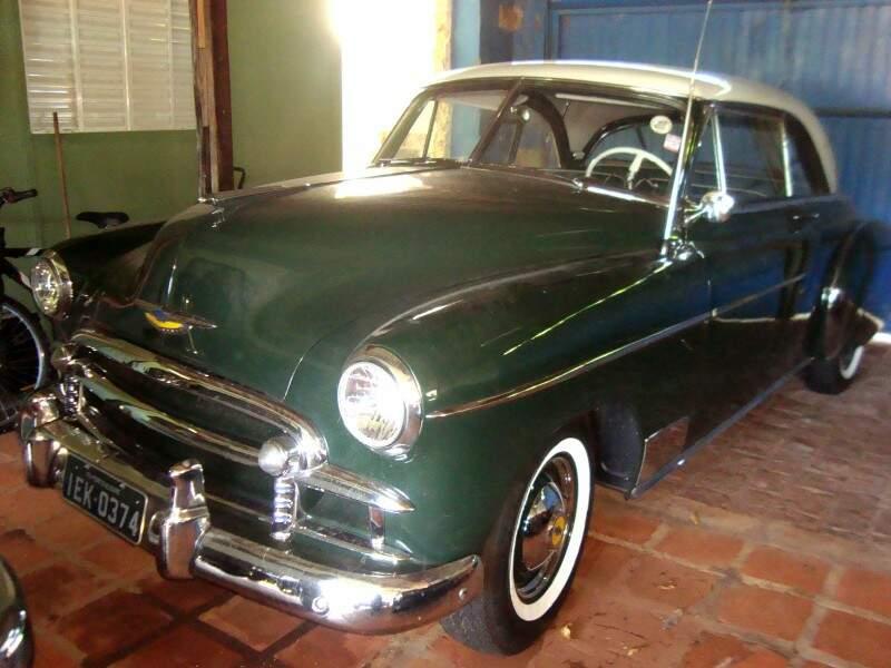 Chevrolt 1950, possui até placa preta. Foto: Márcio André Martins