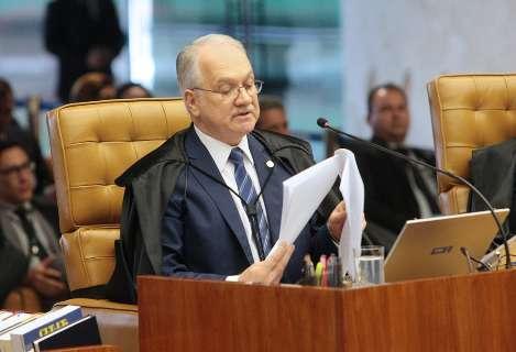 Sete votam por manter Fachin como relator e STF suspende sessão