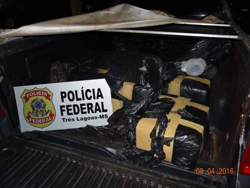PF encontrou 204 quilos de maconha em carroceria de veículo. (Foto: Divulgação)