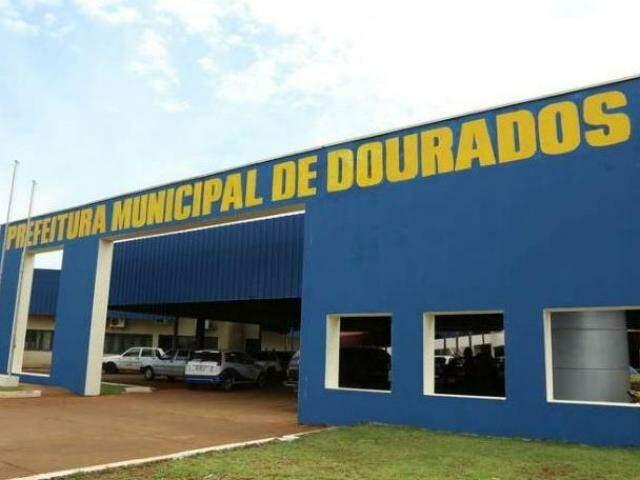Fachada da Prefeitura Municipal de Dourados (Foto: Assessoria de Comunicação)