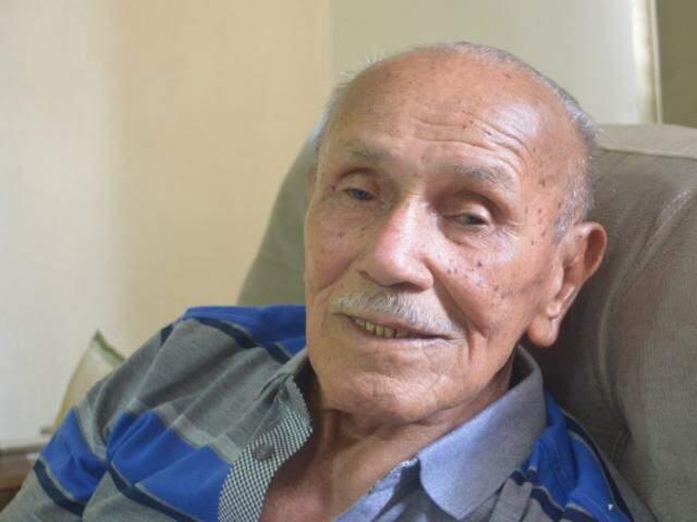 Martimiano completou 100 anos em janeiro e nesse mês a comemoração foi com a família. (Foto: Thailla Torres)