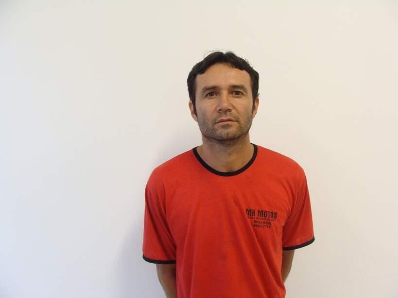 """Dejair Chaves dos Santos, o """"Menega"""", 41 anos. (Divulgação)"""