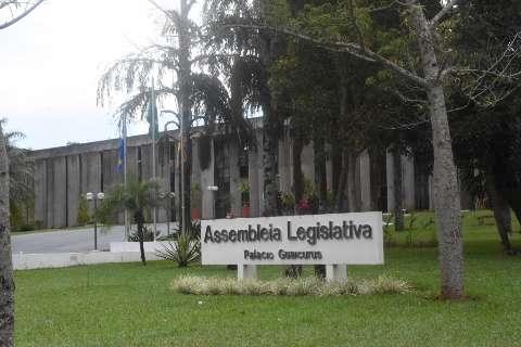 Assembleia aprova reajuste no salário do governador, vice e secretários