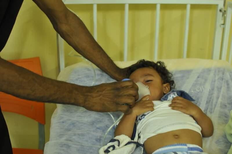 Luiz Antônio também tem pneumonia e precisou de três inalações, entre a tarde e a noite e ontem (Foto: Alcides Neto)