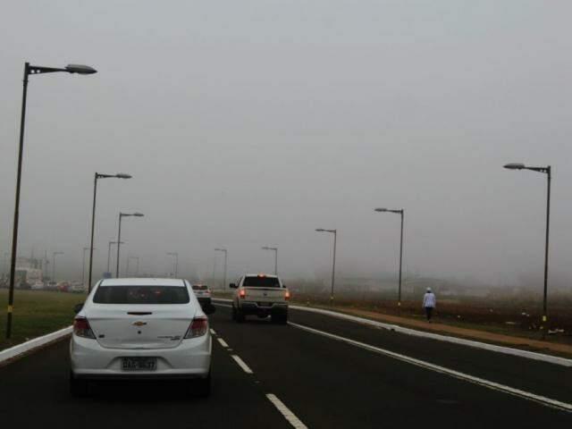 Esta é a situação do clima em Campo Grande, nesta manhã de segunda-feira (20). (Foto: Marina Pacheco)