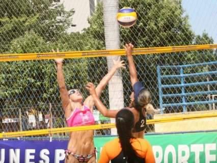 Atletas do interior dominam 4ª etapa do estadual de vôlei de praia