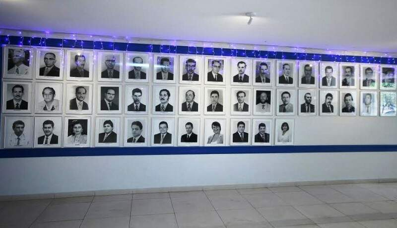 Galeria de ex-presidentes da Câmara de Dourados, que serão homenageados nesta terça (Foto: Thiago Morais/Divulgação)