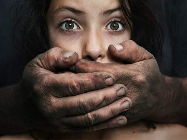 Imagem de campanha internacional contra a pedofilia.