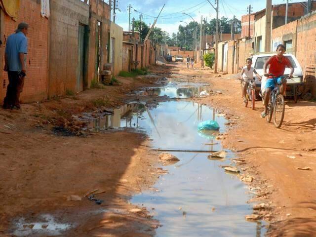 Programa visa a ampliar alcance das ações de saneamento básico no país. (Foto: Agência Brasil/Divulgação)