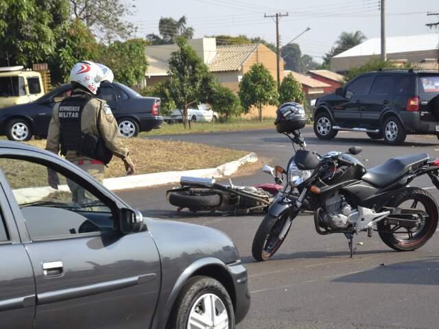 Motos ficaram danificadas no acidente. (Foto: Minamar Júnior)