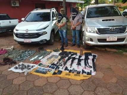 Dupla investigada por sequestros na fronteira é presa com arsenal