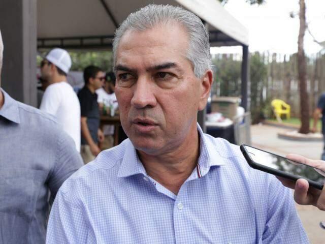 Reinaldo Azambuja no evento que anunciou a cota zero (Foto: Kísie Ainoã)