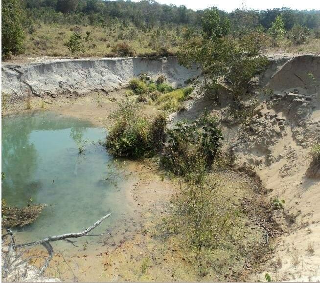 Imagem indica como estava área antes do projeto de recuperação. (Foto: Divulgação)