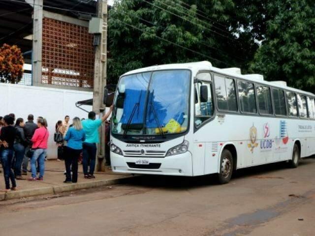 Ônibus da Justiça Itinerante retoma atendimentos na Capital em 15 de janeiro. (Foto: Divulgação/TJMS)