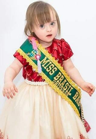 Título mais recente é o de Miss Brasil Baby Universe Fashion 2018 (Foto: Acervo Pessoal)