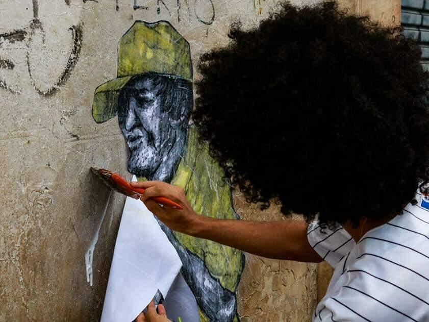 Inspiração se transforma no grito silencioso preso na garganta dos oprimidos (Foto: Felipe Oliveira)