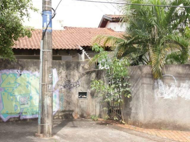 Endereço ligado a Júlio Cabral na Rua 14 de Julho foi um dos vistoriados pela Justiça Eleitoral. (Foto: Kísie Ainoã)