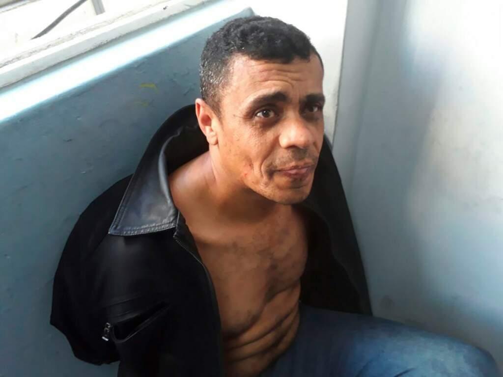 Adelio Bispo de Oliveira, de 40 anos, foi preso pela Polícia Federal (Foto: Reprodução)
