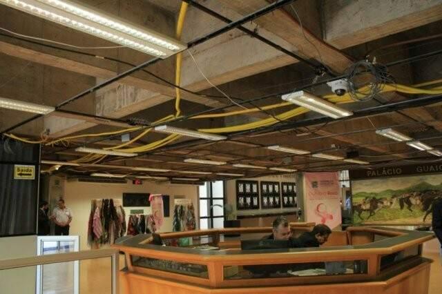 Reforma está sendo feita no sistema elétrico da Assembleia (Foto: Marina Pacheco)