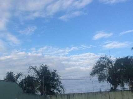 Segunda começa com sol entre nuvens e terá pancadas de chuva em MS