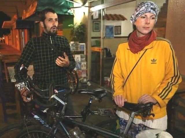 Felipe e Nat pretendem conhecer também o interior do Estado. (Foto: Marcelo Victor)