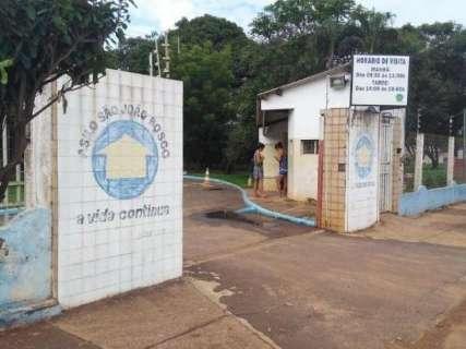 Vereadores debatem políticas públicas para idosos em asilo da Capital