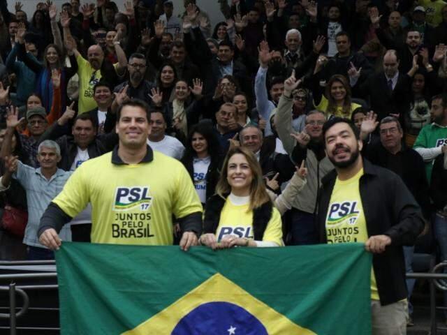 Deputado estadual Renan Contar, senadora Soraya Thronicke e o deputado federal Loester Carlos em ato de filiação do PSL (Foto: Henrique Kawaminami/Arquivo)