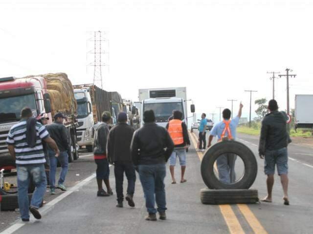 Caminhoneiros ressaltam que acordo foi fechada por pessoas que não estão nas estradas. (Foto: Saul Schramm)