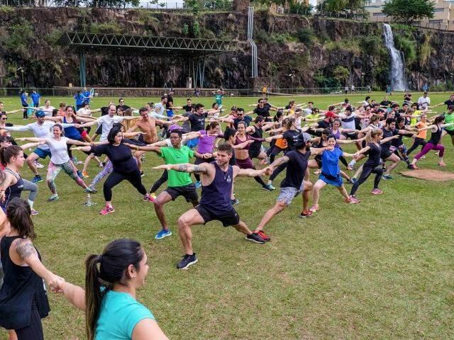 A aula inaugural do Mahamudra em Campo Grande acontece neste sábado, às 08h30 no Parque das Nações Indígenas. (Foto: Divulgação)