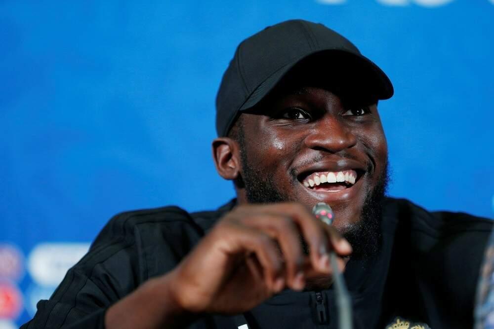 Sorridente e esbanjando seu português fluente, o belga que se considera congolês, Romelu Lukaku disse que o Brasil é favorito nesta sexta-feira