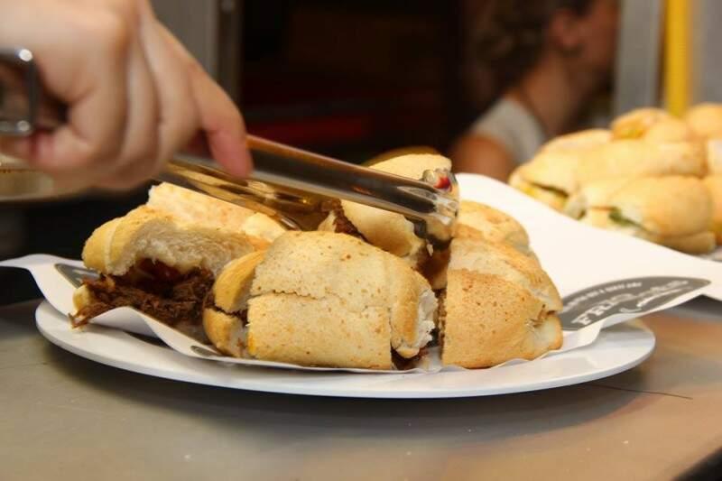 """Do """"No Francês"""", a aposta é no de pernil de porco e geleia de pimenta com manga. (Fotos: Fernando Antunes)"""
