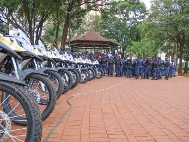 Ação durante período de horário estendido contará com 50 guardas municipais, além de viaturas (Foto: Marcos Maluf)