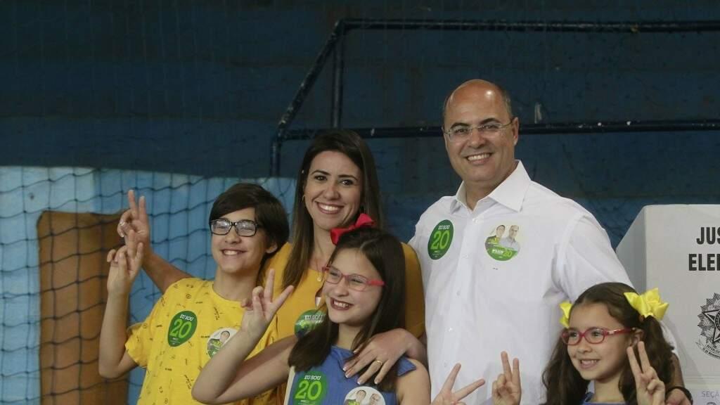 Wilson Witzel, governador eleito do Rio, votou com a presença dos familiares (Foto: Divulgação)