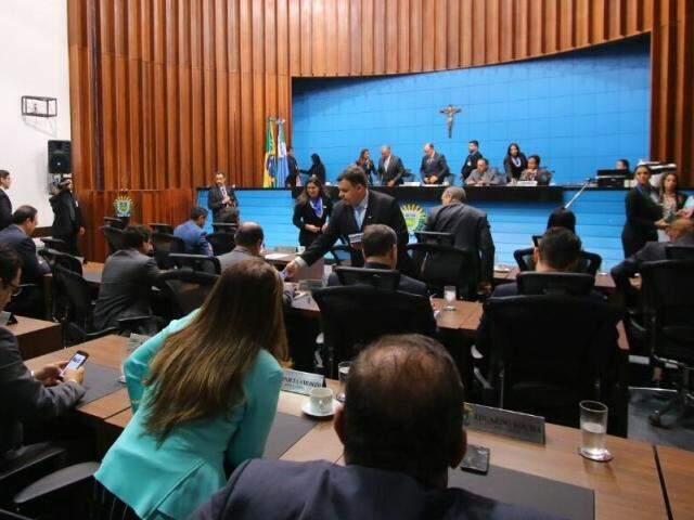 Deputados estaduais retornaram do recesso parlamentar nesta terça-feira. (Fotos: André Bittar)