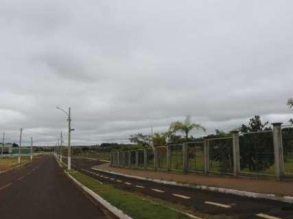 Dourados tem sábado nublado com previsão de chuva e temperatura baixa