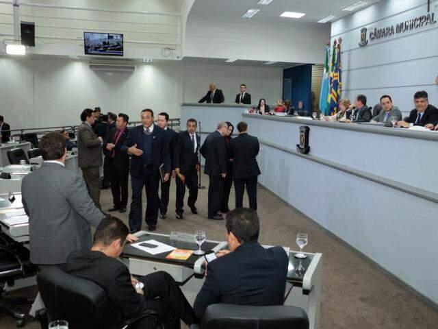 Câmara aprovou isenções fiscais para empresas se instalarem no Indubrasil. (Foto: Izaias Medeiros/CMCG)