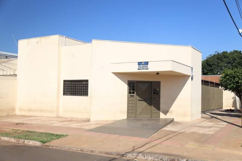 Prédio onde antes funcionava a Selco está fechada. Empresa mudou de endereço há cinco meses (Foto: Fernando Antunes)