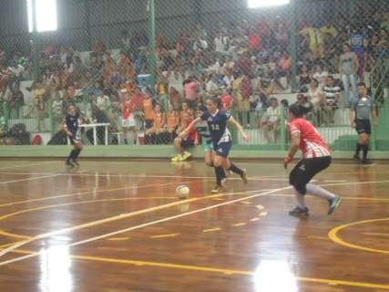 Mulheres estreiam sábado na Copa Pelezinho com entrada aberta ao público