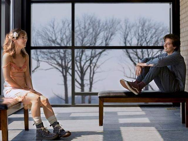 Filme conta a história de adolescentes que não podem se aproximar. (Foto: Divulgação)
