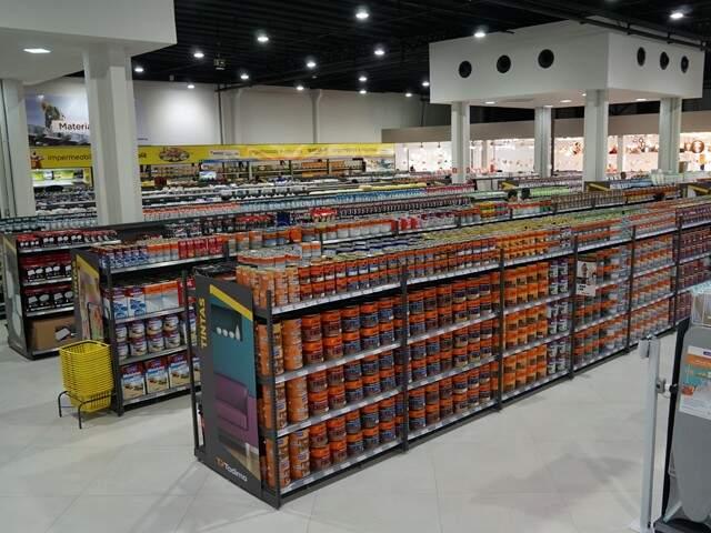 """Loja é o """"hipermercado"""" da construção em Campo Grande. (Foto: Divulgação)"""